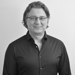 Hannes  Pfau