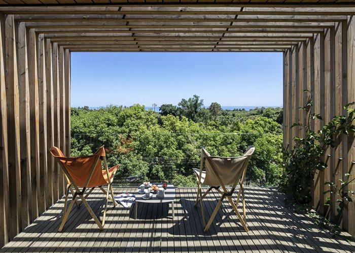 Natural Lodge, DonnaCarmela