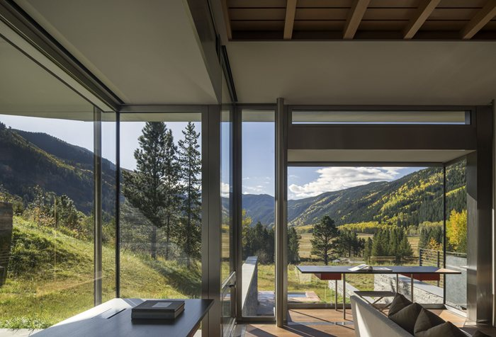 Independence Pass Residence