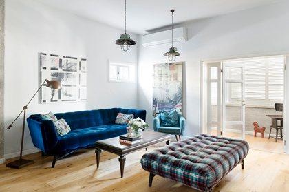 PROFILE   4 seater sofa