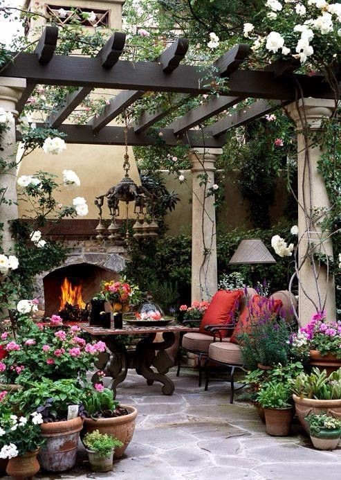Beautiful Examples Of How A Pergola Can Emphasize Your Garden