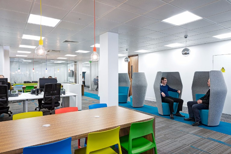 5 office design ideas trending in 2017 for Office design bristol