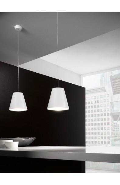 3 idee per usare lampade a sospensione in bagno - Lampadario per bagno ...
