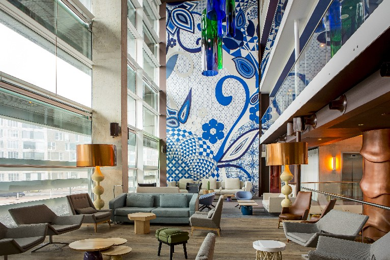 Around the world with flexform in search of the most for Design amsterdam hotel