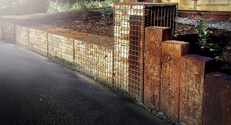 Common Wall Construction : Can i build gabion retaining walls on common boundaries