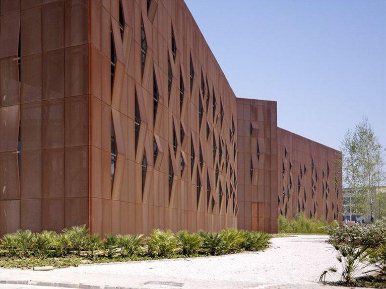 Raif din k k cultural center shades of corten steel - Acero corten ...