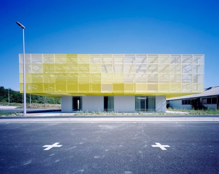Color me yellow for Architecte coulommiers