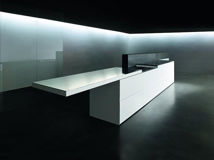 Libert compositiva con le cucine moderne di minimal for Architecture minimale