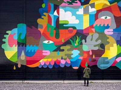 No murals, no Google!
