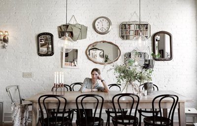 Visita a casa di Nina Persson