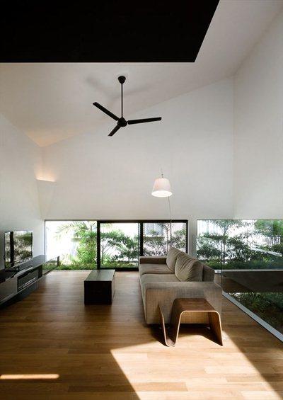 """Formwerkz Architects' """"vertical garden"""""""