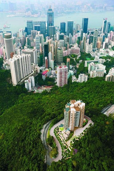Opus Hong Kong: a privileged viewpoint over China