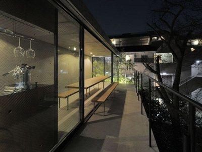 Florian Busch architects design House in Takadanobaba