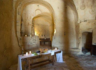 Le Grotte della Civita in Matera: a pure return to the origins