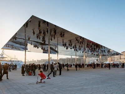 President of Marseille leads opening celebrations for new Vieux Port pavilion