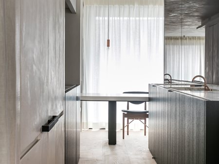Kitchens album on archilovers the professional network for Design appartement gent