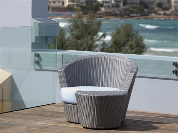 Outdoor album on archilovers the professional network for Living room ideas trackid sp 006
