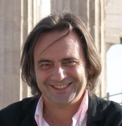 Nikos Charatsaris