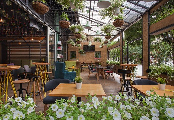 """Garden"" coffee lounge"