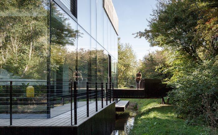 Glass Villa on the lake