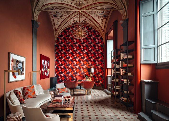 Aquazzurra Flagship Store - Florence
