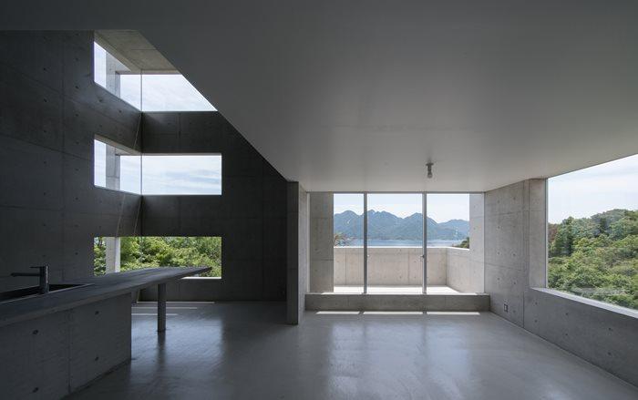 House in Ajina