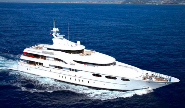 5 Ways A Luxury Yacht Charter Offers A Dream Holiday Experience