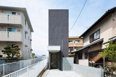 Would an architect live in a 'skinny' house?